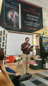 Javier Sierra lee las primeras páginas de Lo que no te mata te hace más fuerte